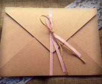 Προσκλητήριο γάμου vintage τύπου cart postale με οικολογικό φάκελο