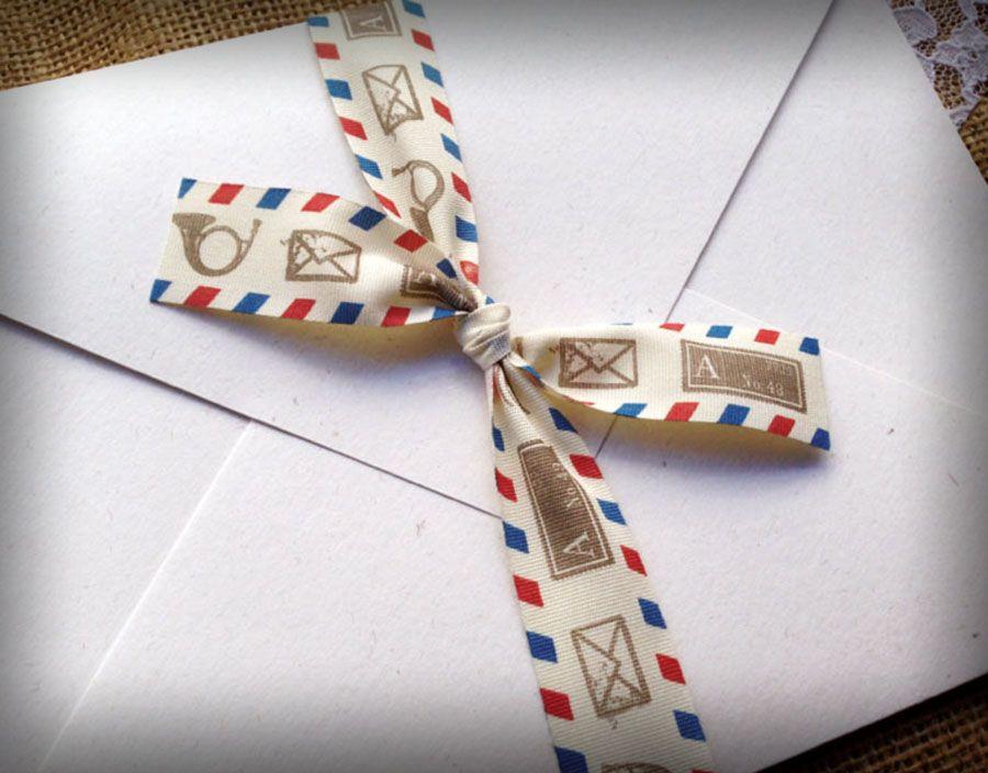 Προσκλητήριο γάμου τύπου cart postale με λεπτό φάκελο από ανακυκλωμένο χαρτί